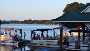 Rent a Pontoon at Woodlake